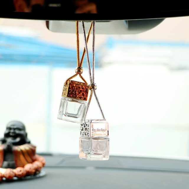 Empty Glass Bottle Car Hanging Perfume Rearview Mirror Ornament Air Freshener For Essential Oils Diffuser Fragrance Car-styling